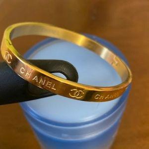 ***Ideal admirable Bracelet !!?!?!!